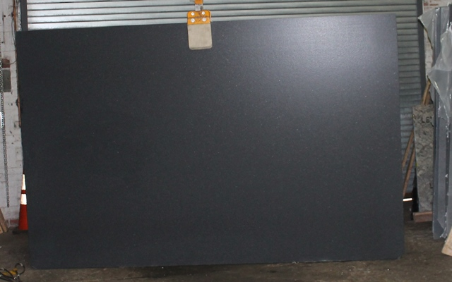 Absolute Black Leather HG437 127x76
