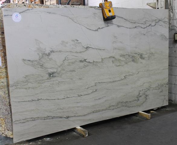 WHITE MACAUBAS LP594126x75